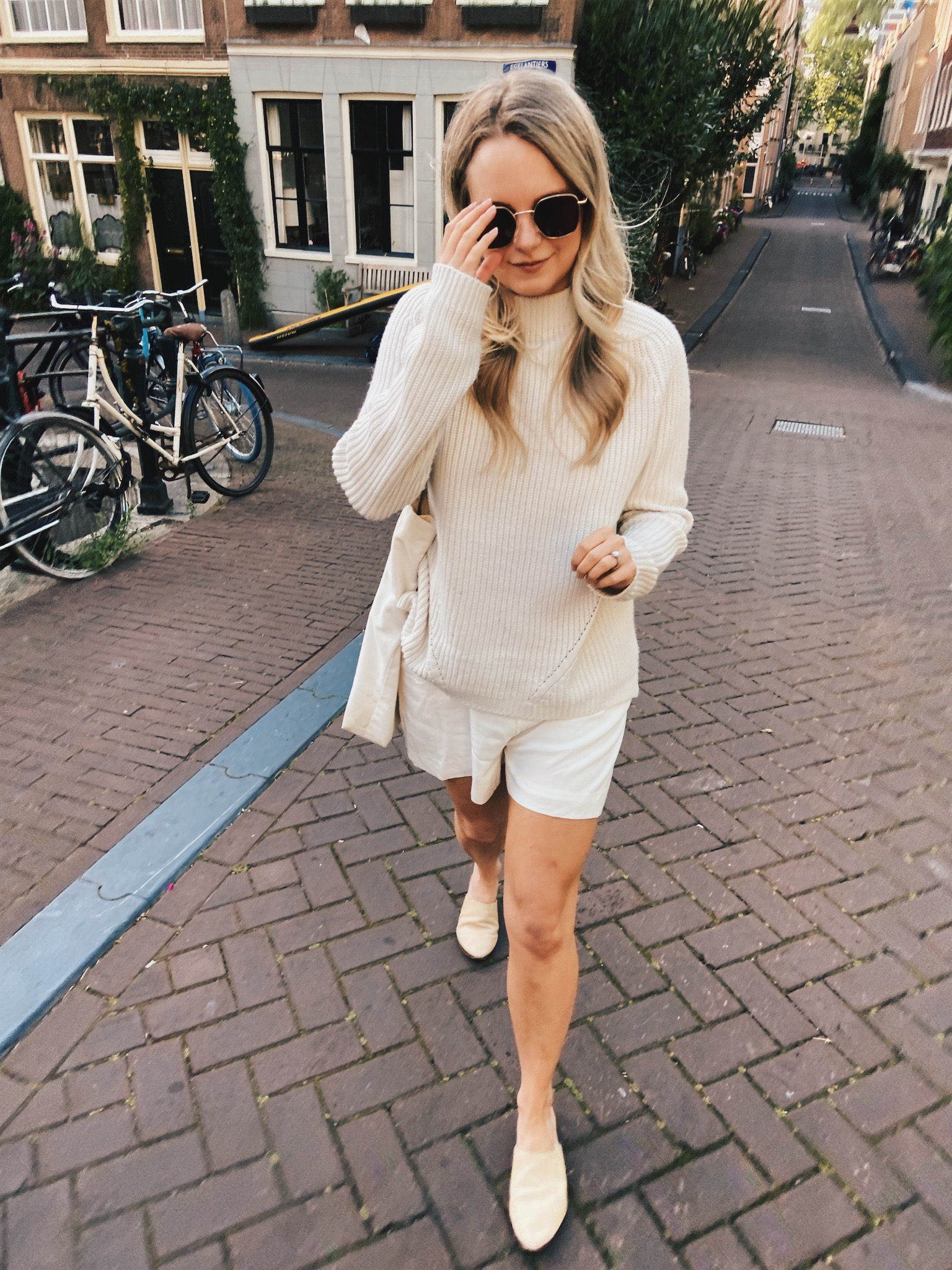 neutral outfits